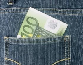 Mistä halvin 100 euron pikavippi 15 minuutissa tilille?
